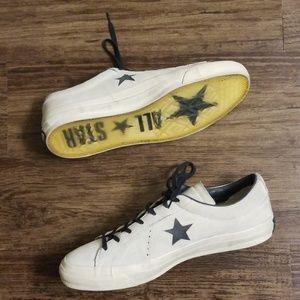 🚨🚨SOLD🚨🚨John Varvatos Suede Converse One Star
